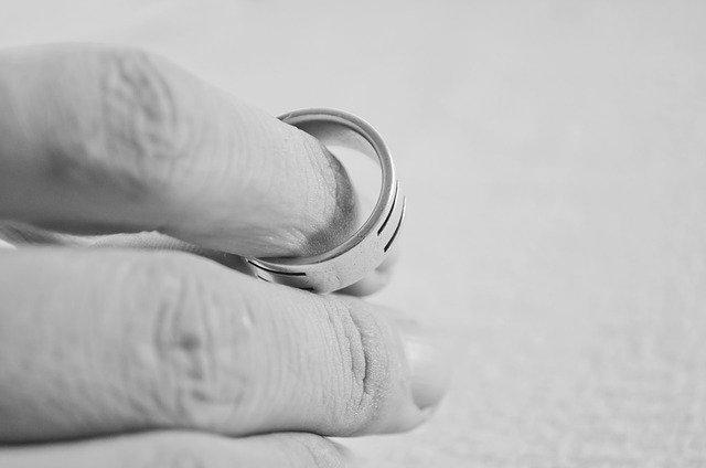 Rozwód z orzeczeniem o winie czy bez orzeczenia o winie ?